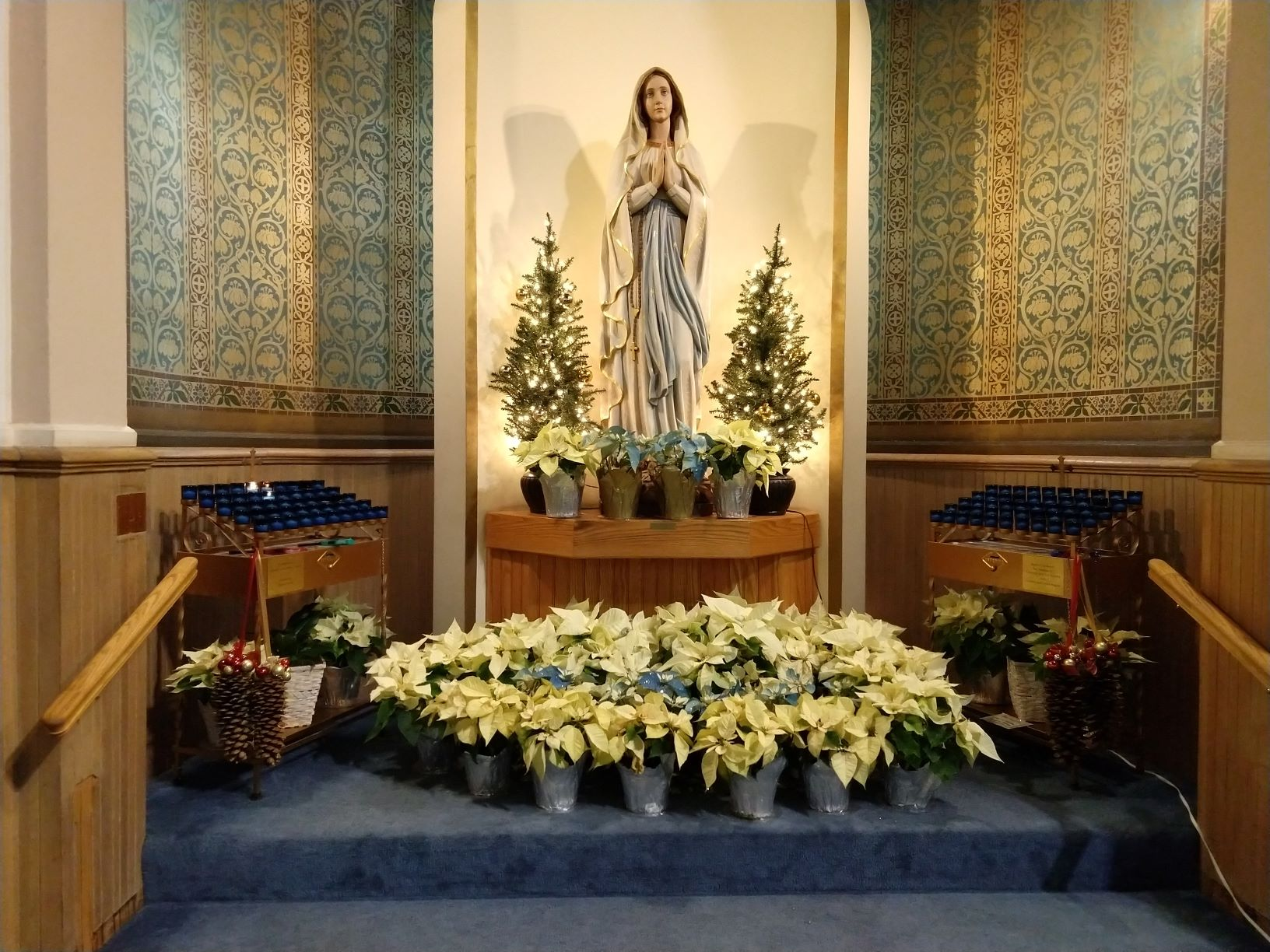 A photo of the Mary Shrine at Immaculate Conception Church, Christmas 2019
