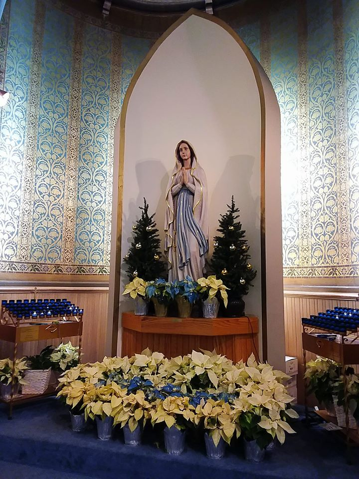 Mary Shrine Christmas 2019